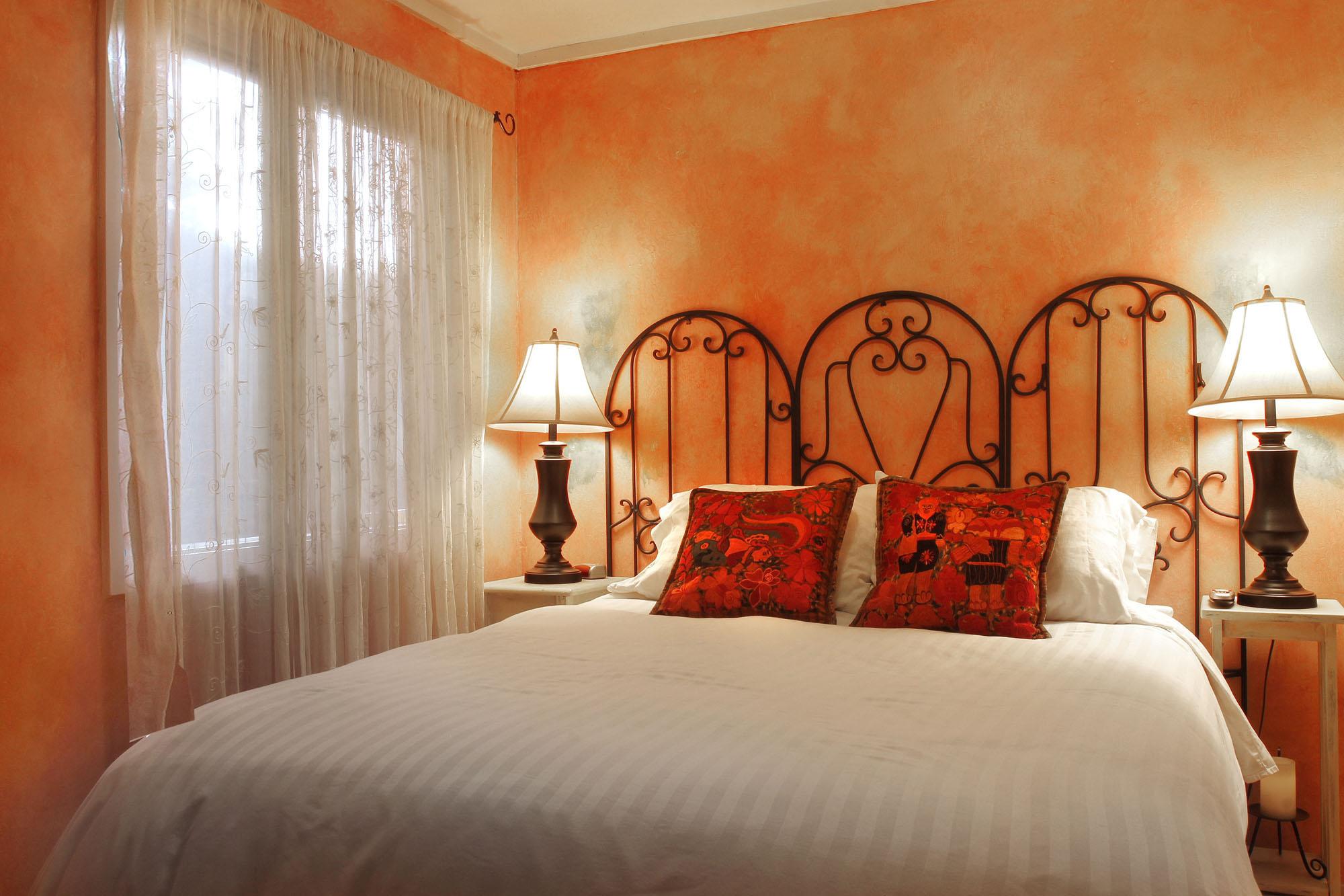 Bedroom #1 with Queen Bed